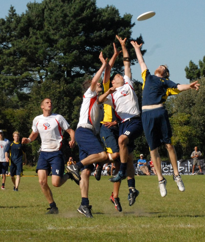 Picture of players vying to catch a frisbee