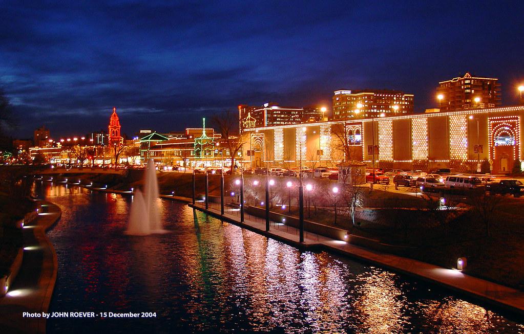 Christmas Lights Kansas City ✓ The Decor of Christmas