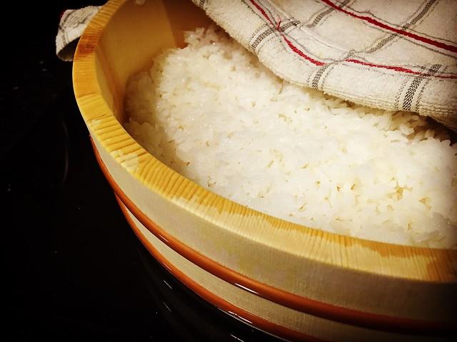 Sushi. Hangiri. Chef koketo