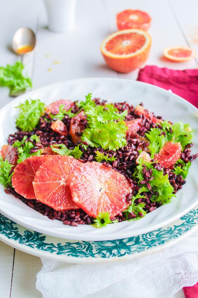 Salade de riz noir au wasabina et orange