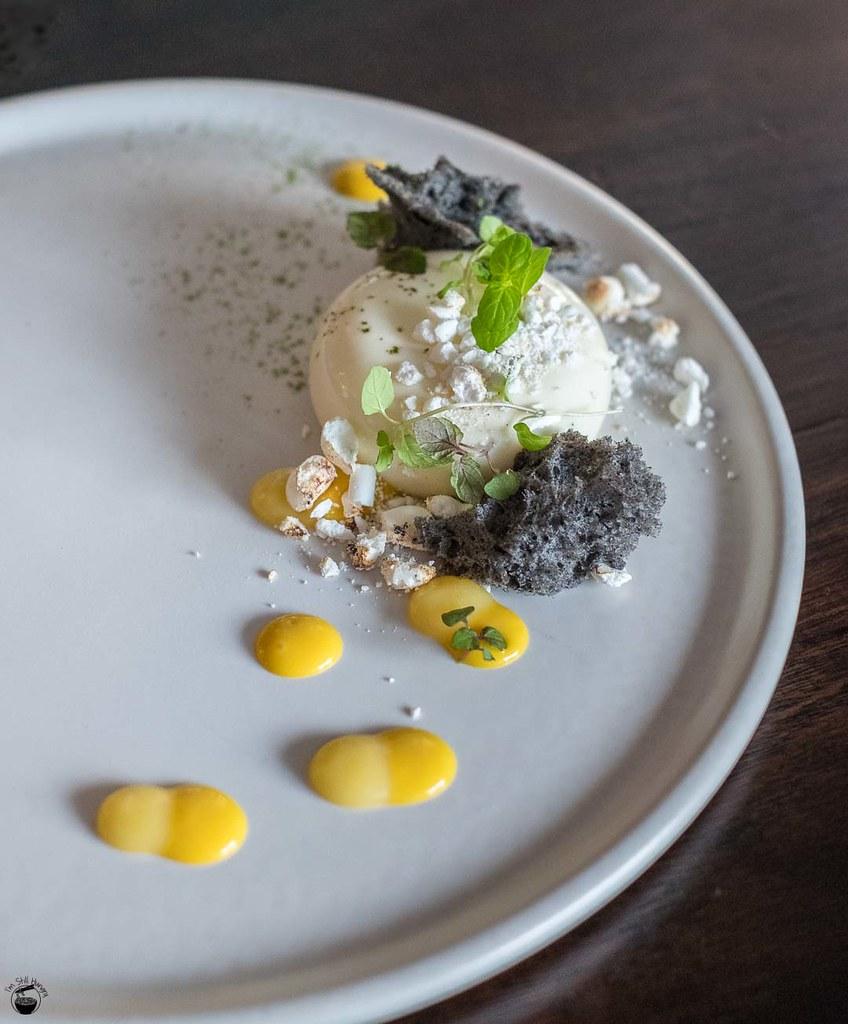 Koi Dessert Bar Reynold Poernomo