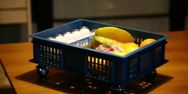 塑膠籃+輪子=媽媽的置物籃(11.5ys)
