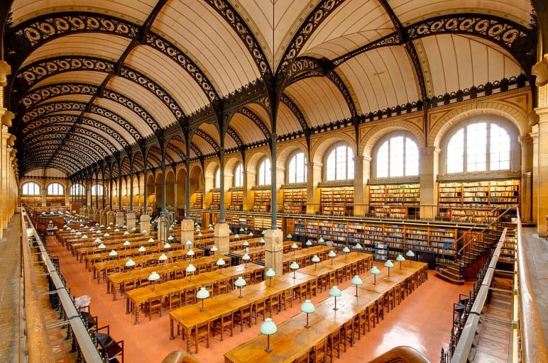 Reading room of the Bibliothèque Sainte-Geneviève, Paris, France. Image credit Marie-Lan Nguyen.