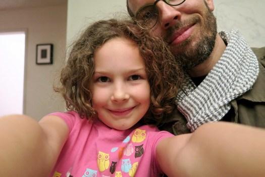 Anais selfie with adoring dad