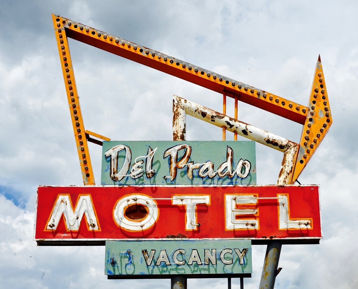 Del Prado Motel - 6380 U.S. 550, Cuba, New Mexico U.S.A. - June 29, 2015