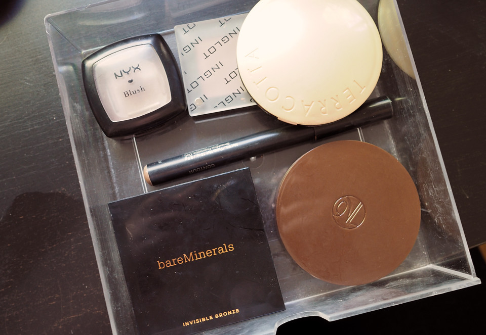 declutter kevätsiivous makeup meikki