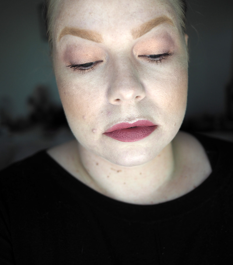 colourpop makeup ur mind no filter foundation powder concealer brow