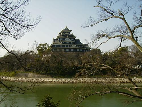 Día 6: Japón (Okayama: Jardín Koraku, Castillo del Cuervo. Naruto: Puente Akashi, Remolinos, etc).