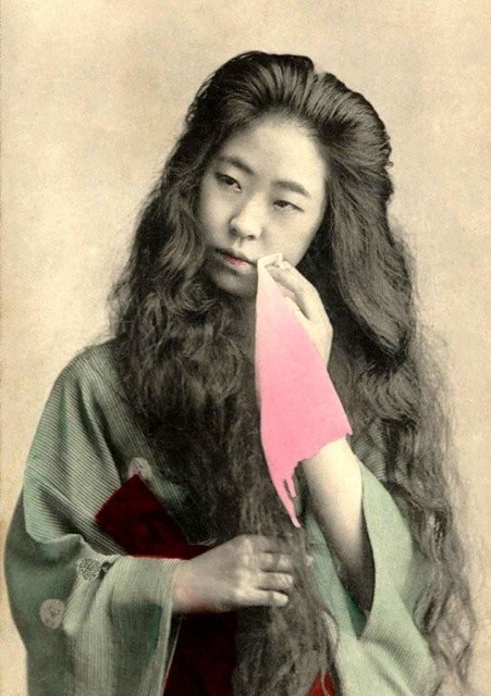 GEISHA WITH HAIR DOWN Richly Oiled Tresses Flow Down In