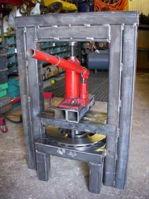 Homemade hydraulic press | I had to build this homemade