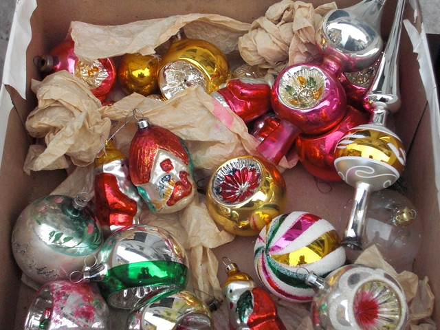 VINTAGE CHRISTMAS BAUBLES David Zellaby Flickr