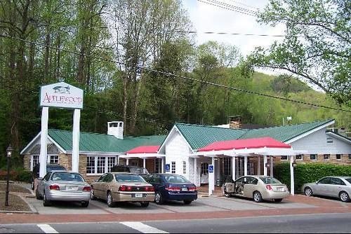 Applewood Farmhouse Restaurant Gatlinburg On A Trip To