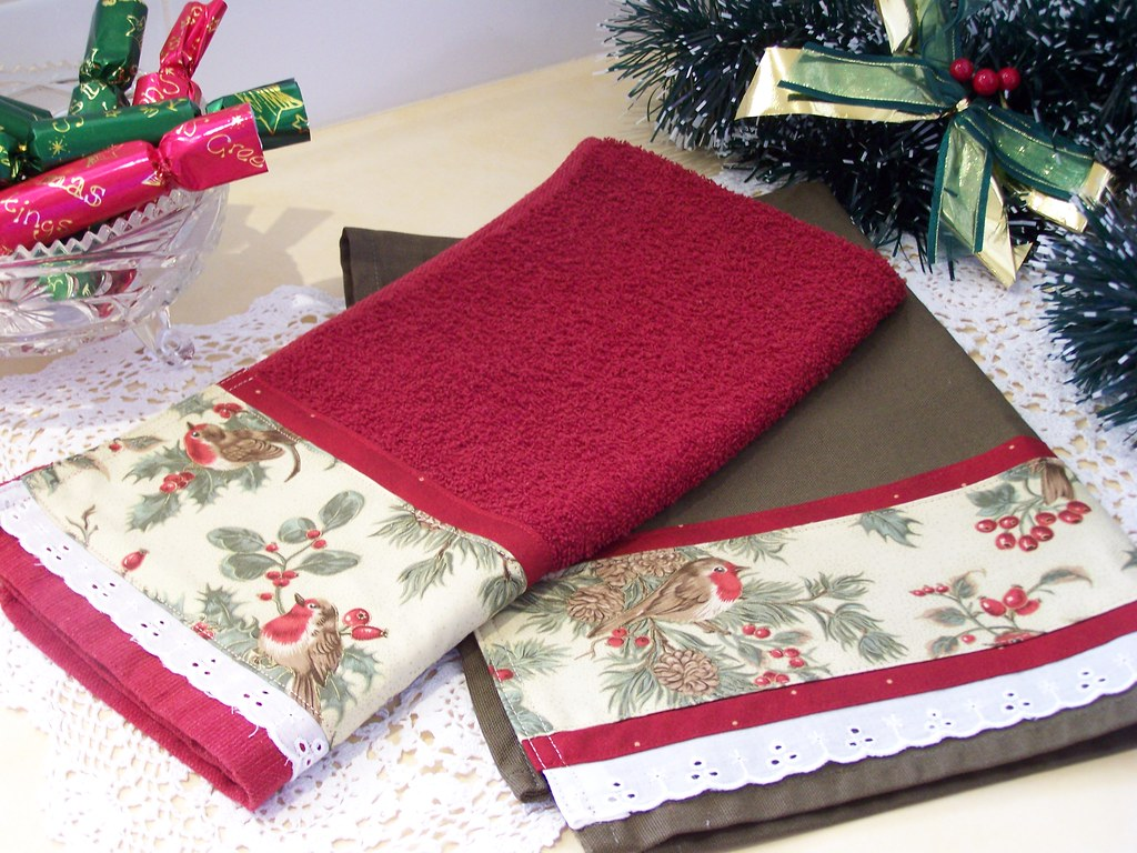 Christmas Red Robins Kitchen Towels Decorative Towel Se