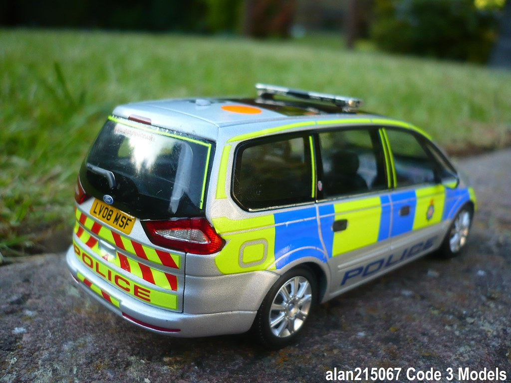 Code 3 New Shape Ford Galaxy British Transport Police Patr