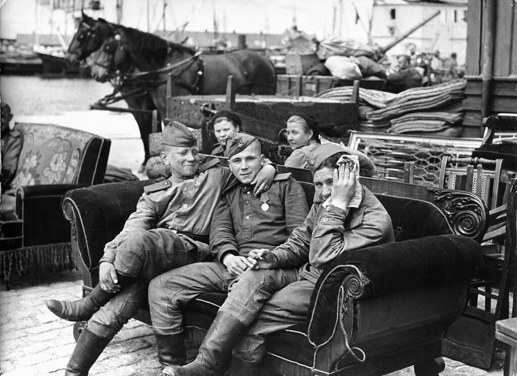 Russiske Soldater P Bornholm Dato Mellem 9 Maj 1945