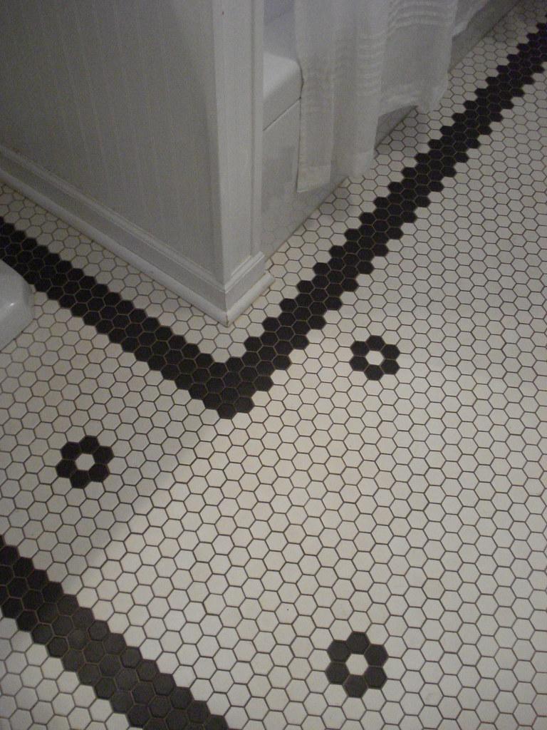 White Penny Tile Kitchen Floor   Novocom.top