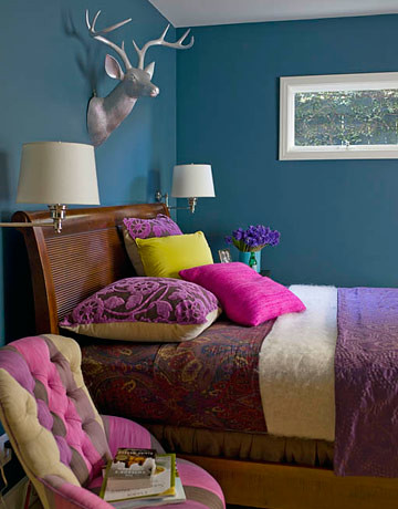 Ideas For Small Spaces Bright Teal Blue Bedroom Jewel T Flickr