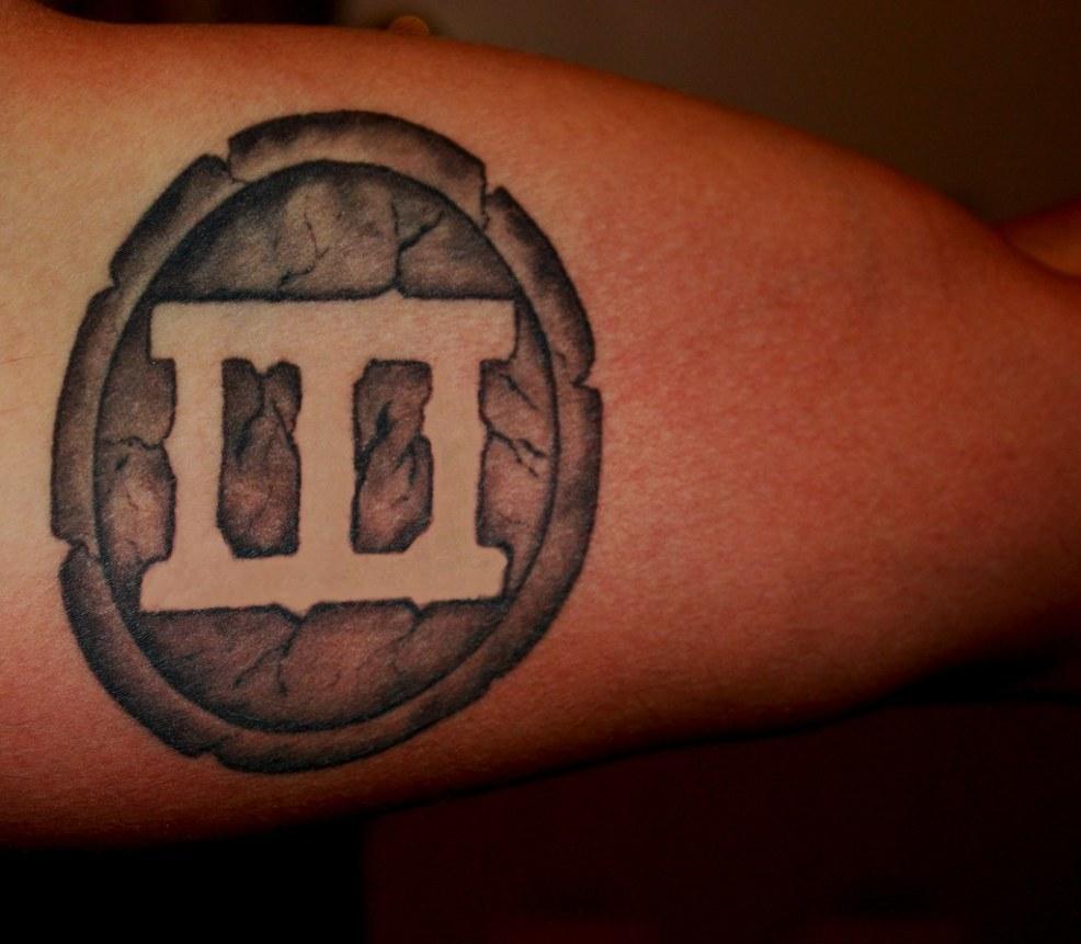 татуировка дерево на спине значение татуировки дерево символика
