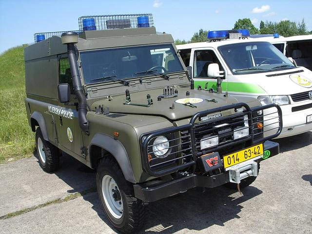 Czech Military police  Land Rover Defender   Czech