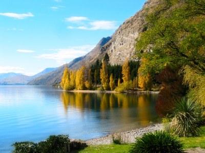 Lake Wakatipu   South Island of New Zealand... a few years ...
