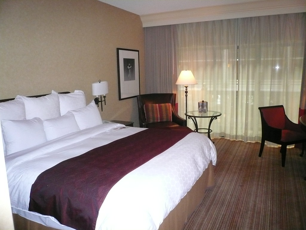 King Bed Renaissance Marriott Austin Texas