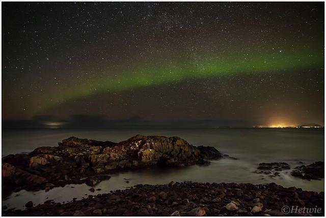 Noorderlicht vanaf de molo van Laukvik