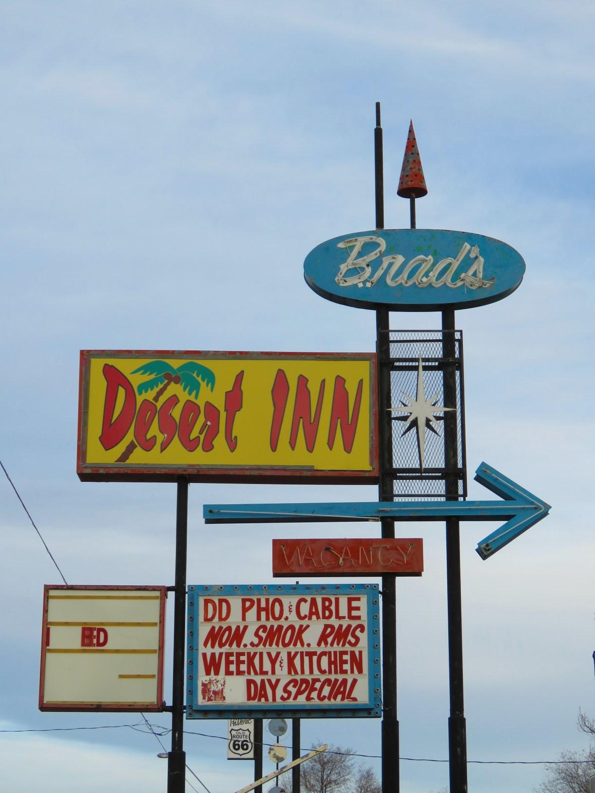 Brad's Desert Inn - 301 West Hopi Drive, Holbrook, Arizona U.S.A. - March 1, 2016
