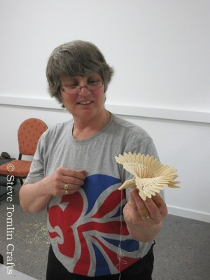 Fan bird carving course