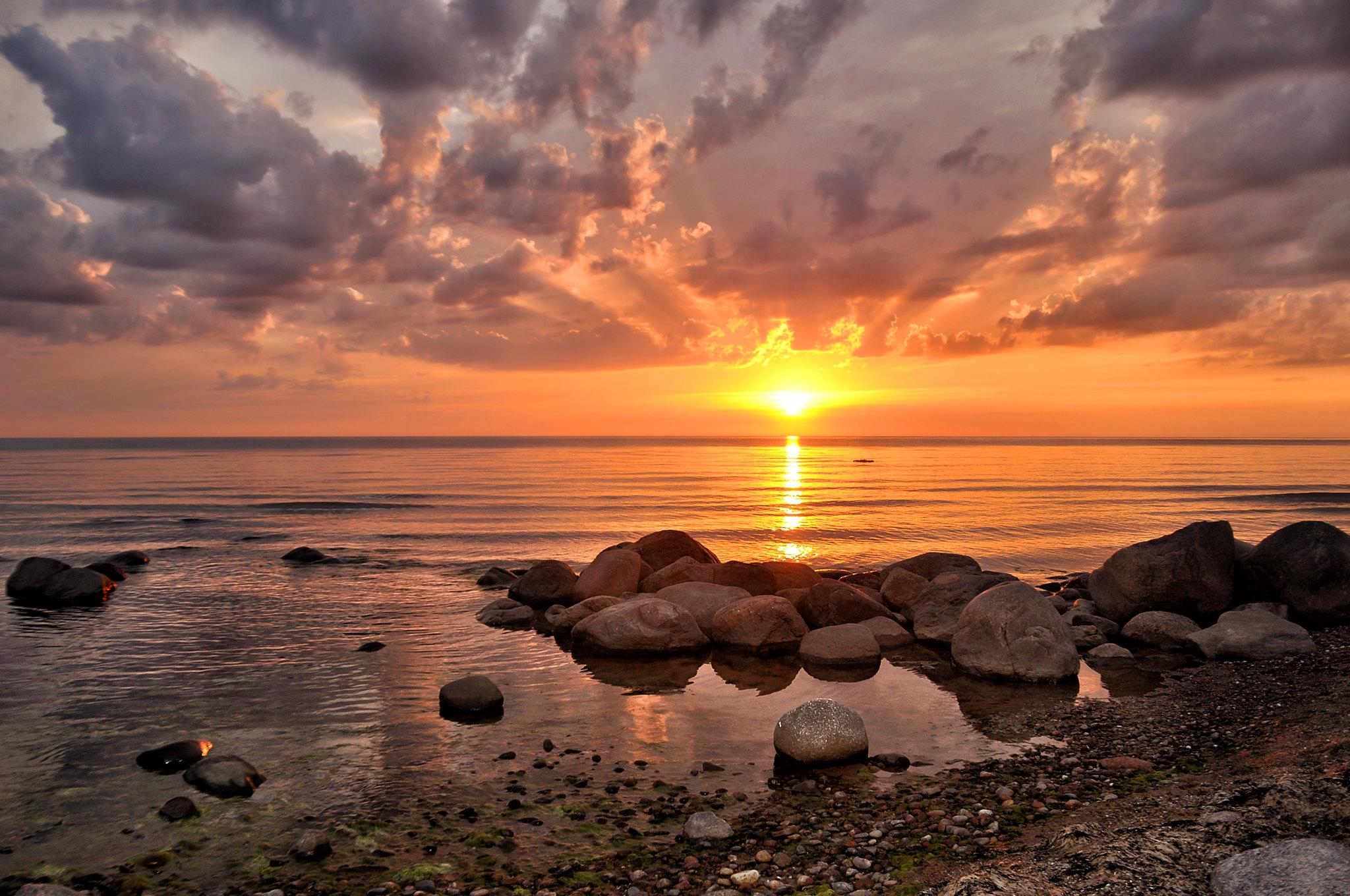 Zelta brilliiteem saulrietaa skatiities 05.08.2012
