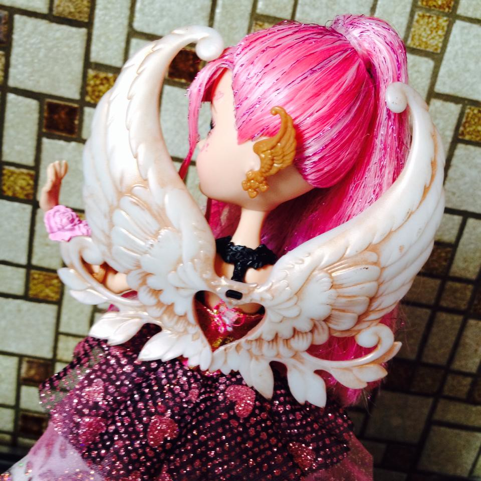 Thronecoming CA Cupid Ever After High And Here She Is