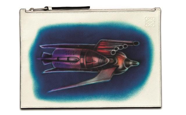 Airbrush rocket print flat pouch
