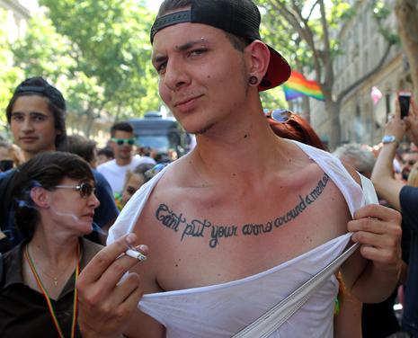 15f27 Gay Pride_0240 variante Uti 465