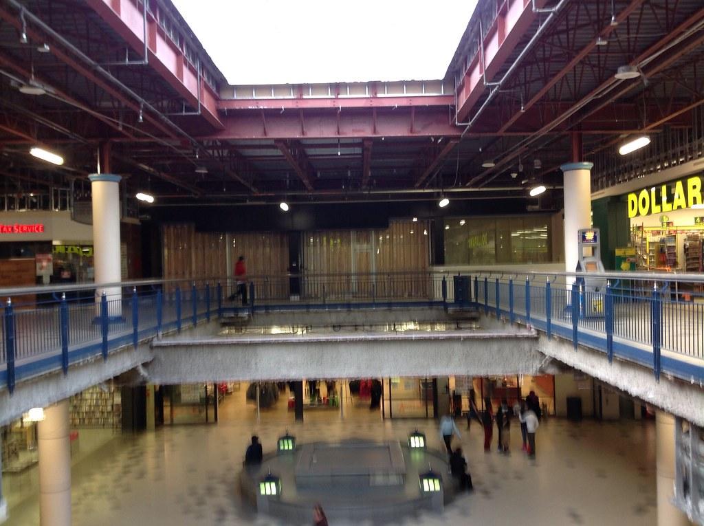 Londonderry Mall Interior Shot Of Mall Renovations Flickr