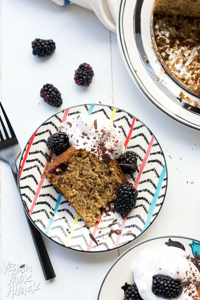 Gluten-free Blackberry Banana Cake with Vegan Whip - Delicious, light, and perfect for Spring! Especially with these cute plates from Lenox <3 #glutenfree #sponsored #vegan #soyfree #eggfree #dairyfree #nutfree