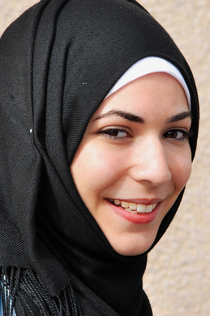 dating syrian girl Yes i had a very huge crush on a syrian refugee actually i mean, massive & i'd stalk his facebook page lol asked under dating.