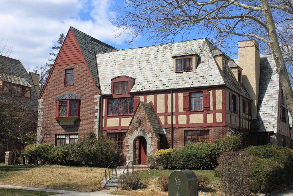 Tudor Style Apartments In Queens