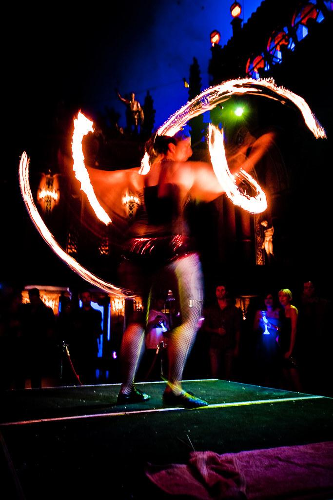 097 Bathtub Gin Bathtub Gin Brought House Music Circus