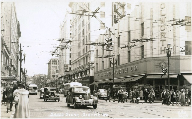 The Diamond District, Seattle - up Pike from 3rd ca 1946