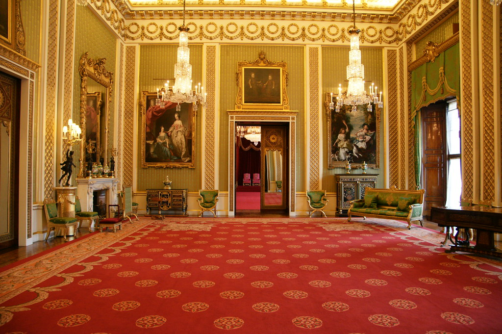 Buckingham Palace The Green Drawing Room Guests And