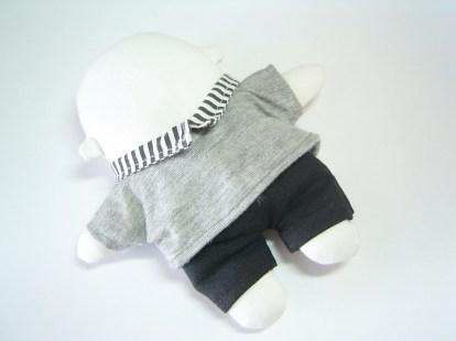 Exemplo de roupa personalizada para um mini-mi