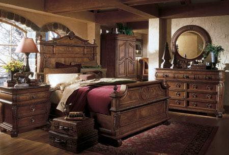 Hillsboro Wellesley Panel Adult Bedroom Furniture Set From