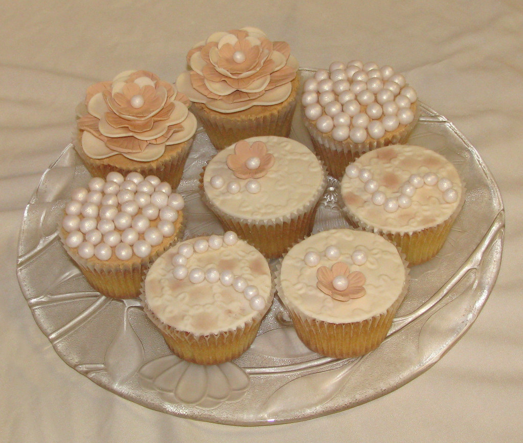 Pearls And Lace Cupcakes Birthday Cupcakes For A Girl