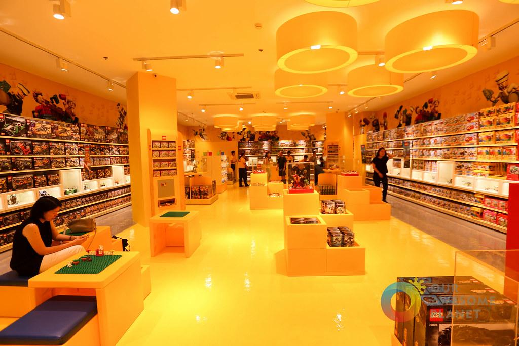 Lego Store Philippines-3.jpg