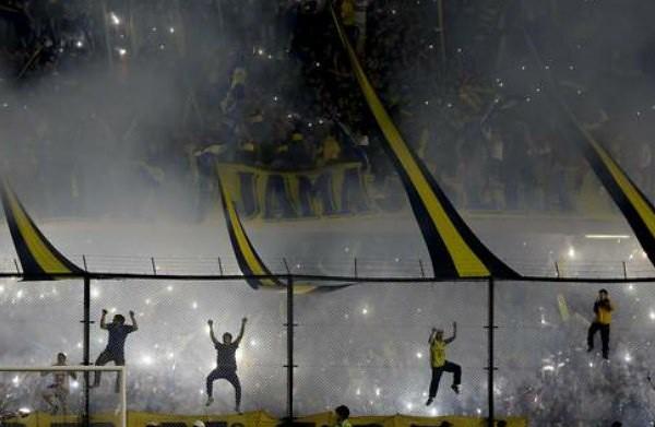 Clausuran La Bombonera por actos violentos contra River Plate