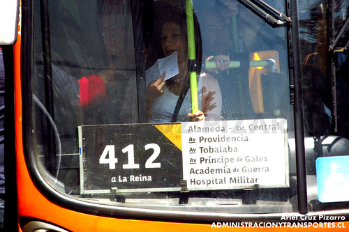 Transantiago - Express de Santiago Uno - Marcopolo Gran Viale / Volvo (ZN3933)