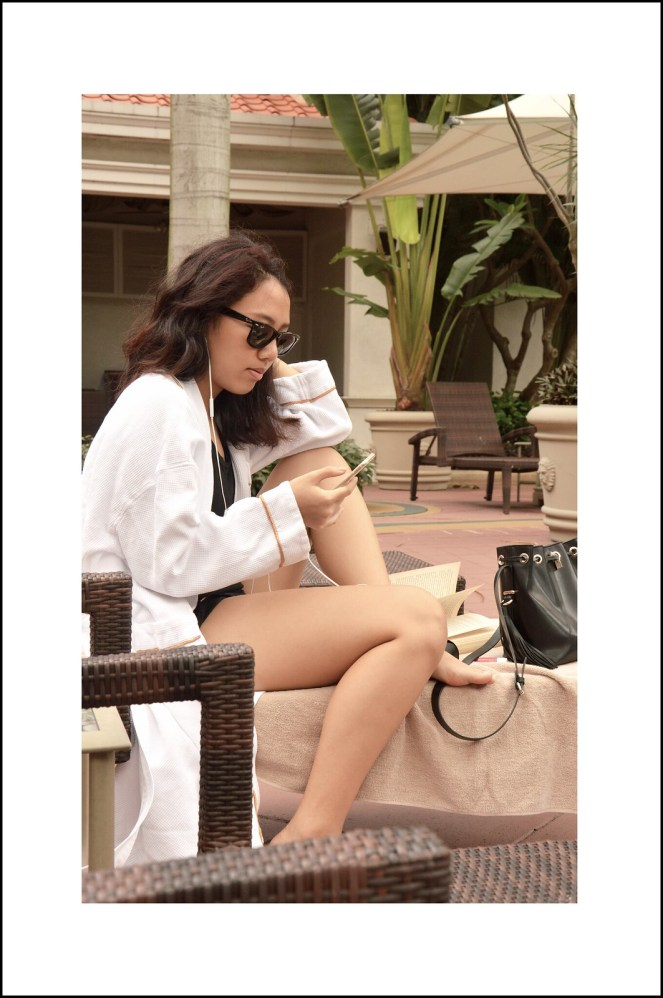 pool outfit, summer, bathrobe, raybans, the venetian macao