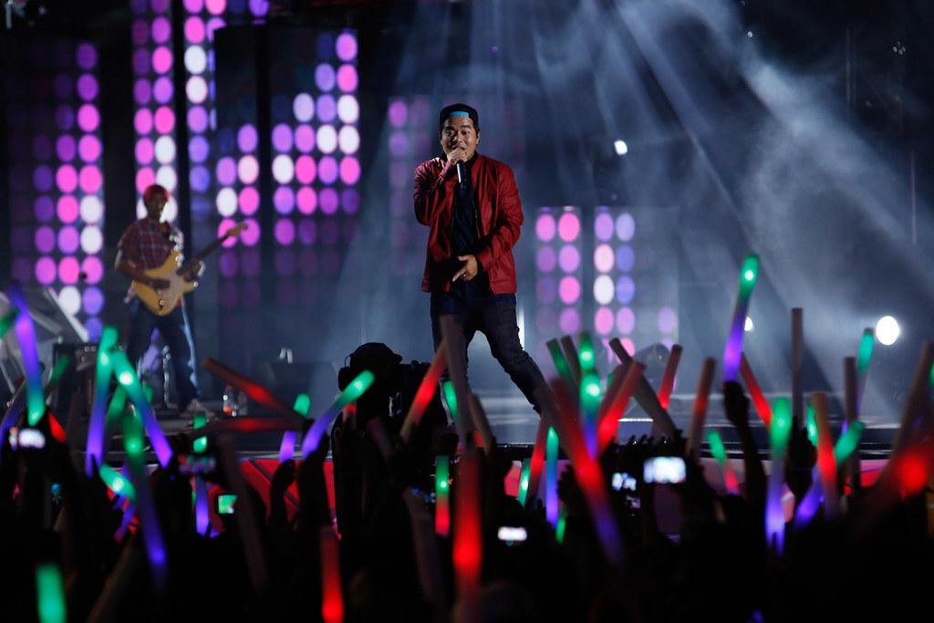 167655-Gloc-9 performing at MTV Music Evolution 2015 on 17 May Pic 1 (Credit - MTV Asia & Ferdie Arquero)-4bffe7-original-1431968463