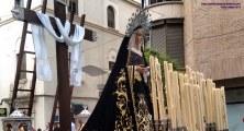 Foto del misterio del Descendimiento de Linares procesionando por Carrera oficial