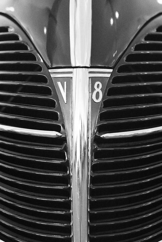 V8 Ford