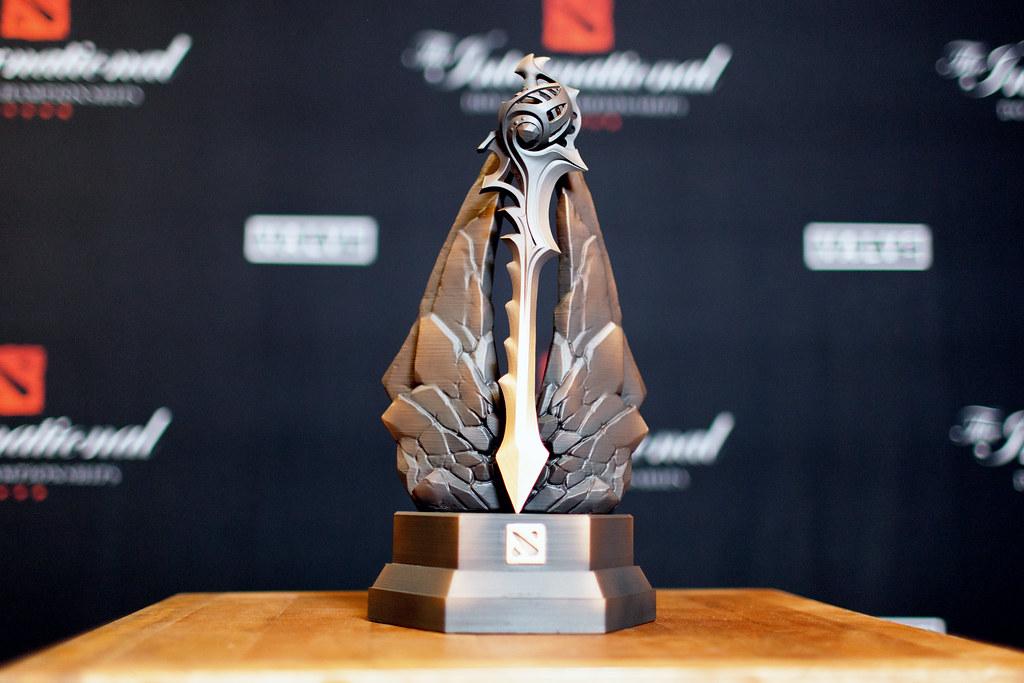 The DAC Trophy Is A Sword DotA2